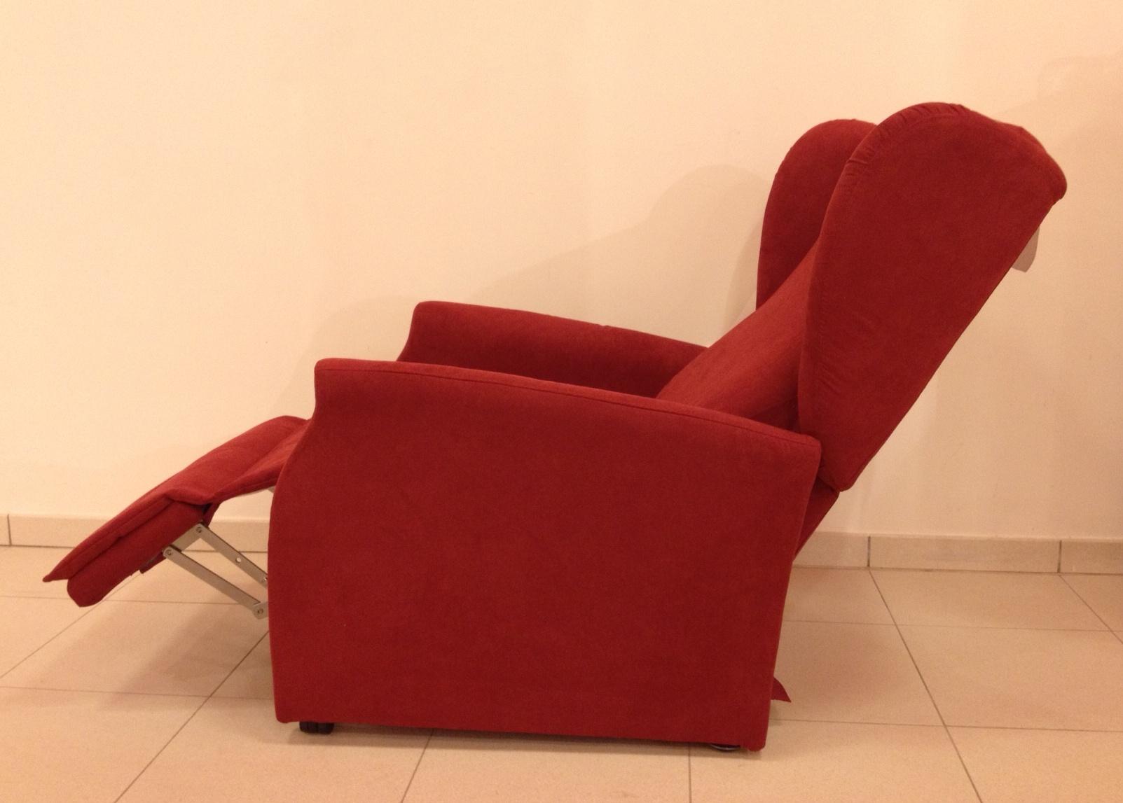 Porta tv a bandiera per angolo - Poltrona reclinabile ikea ...